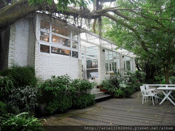 【食記】台北市士林區 好樣秘境 VVG Hideaway 陽明山上超好拍的白色玻璃屋~